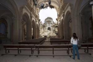 nterior de la iglesia de Santiago, con el crucero hundido.- JULIÁN ROJAS