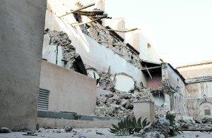 Estado en el que quedó la nave, tras el derrumbe de la estructura. Foto: P. A./AGM