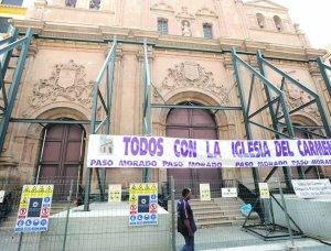 Andamiaje en la fachada de la iglesia del Carmen. Foto: P.A./ AGM