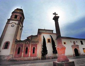 Fachada principal del santuario patronal de las Huertas. :: P. A. / AGM