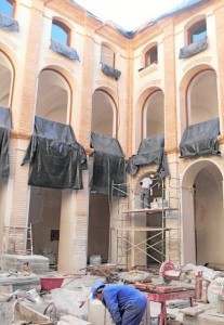 El claustro del antiguo convento de San Francisco tras serle retirados los andamios que lo cubrían. / Sonia M. Lario / AGM