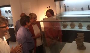 La consejera de Cultura y Portavocía, Noelia Arroyo, y el alcalde de Lorca, Francisco Jódar, en la visita a la iglesia de San Diego en Lorca y al Museo Arqueológico Municipal.
